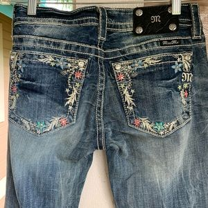 Miss Me Jeans Size 28 Signature Boot